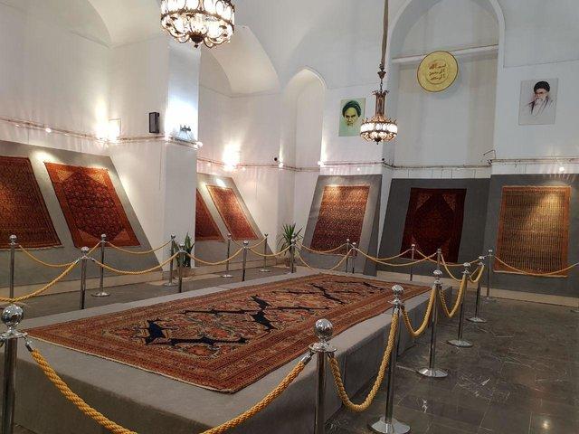 نمایشگاه فرشهای ملایر