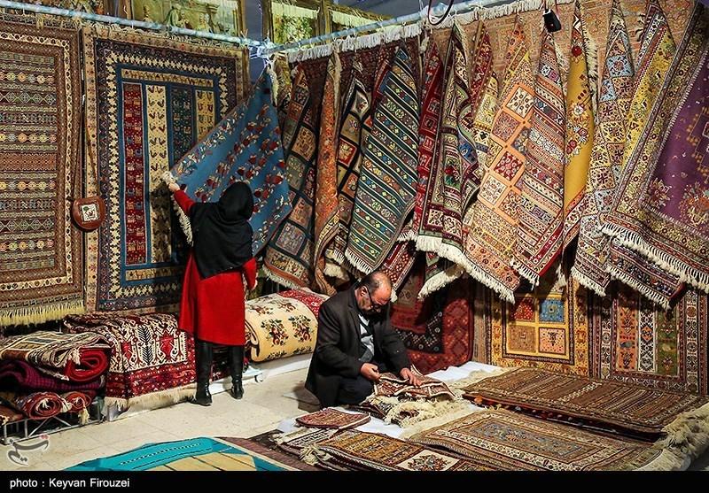 نمایشگاه سراسری فرش دستباف و تابلوفرش ایران در استان مرکزی برگزار میشود؛ حضور بیش از 60 تولیدکننده