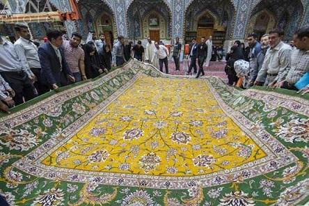 فرش دستباف نفیس اهدایی به حرم حضرت عباس (ع)