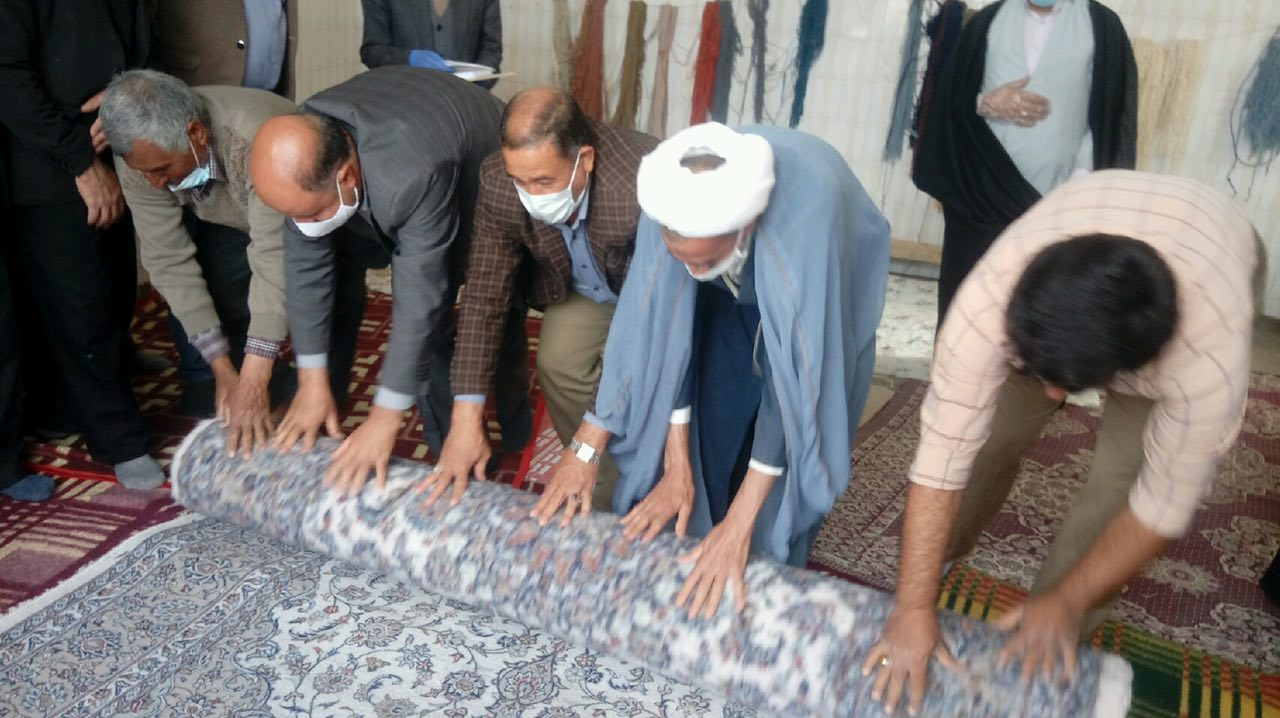 اهداء فرش برای بازسازی عتبات