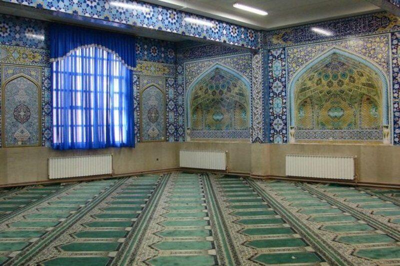۱۷ هزار متر مربع فرش سجاده برای مدارس یزد تهیه شد