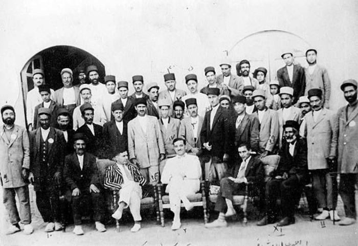 بررسی اقتصاد فرش در عصر قاجاریه