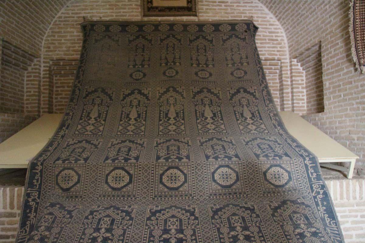 ثبت فرهنگ در تاروپود زیلوی میبد