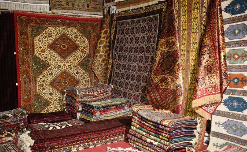 خوشه فرش همدان موجب ساماندهی فعالان این هنر صنعت شده است