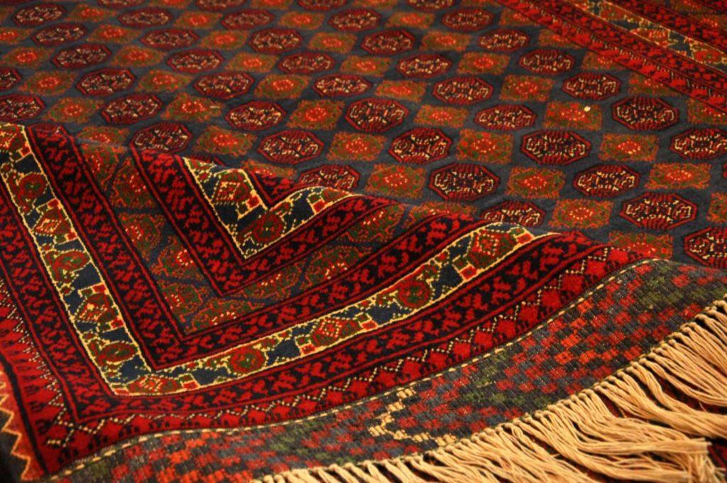 ریشه یابی نقوش قالی ترکمن های ایران